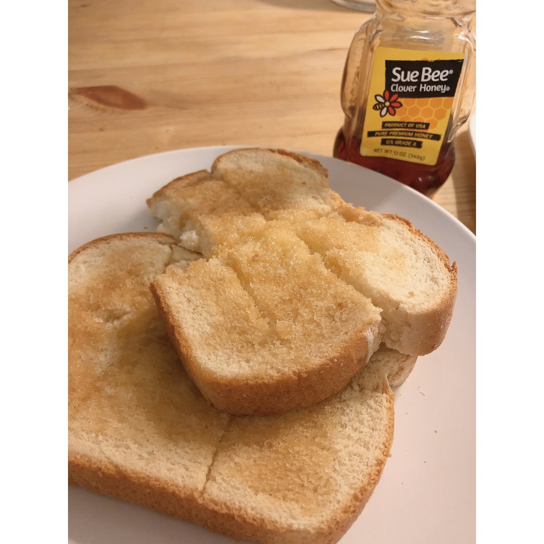 蜂蜜黄油烤吐司🍞