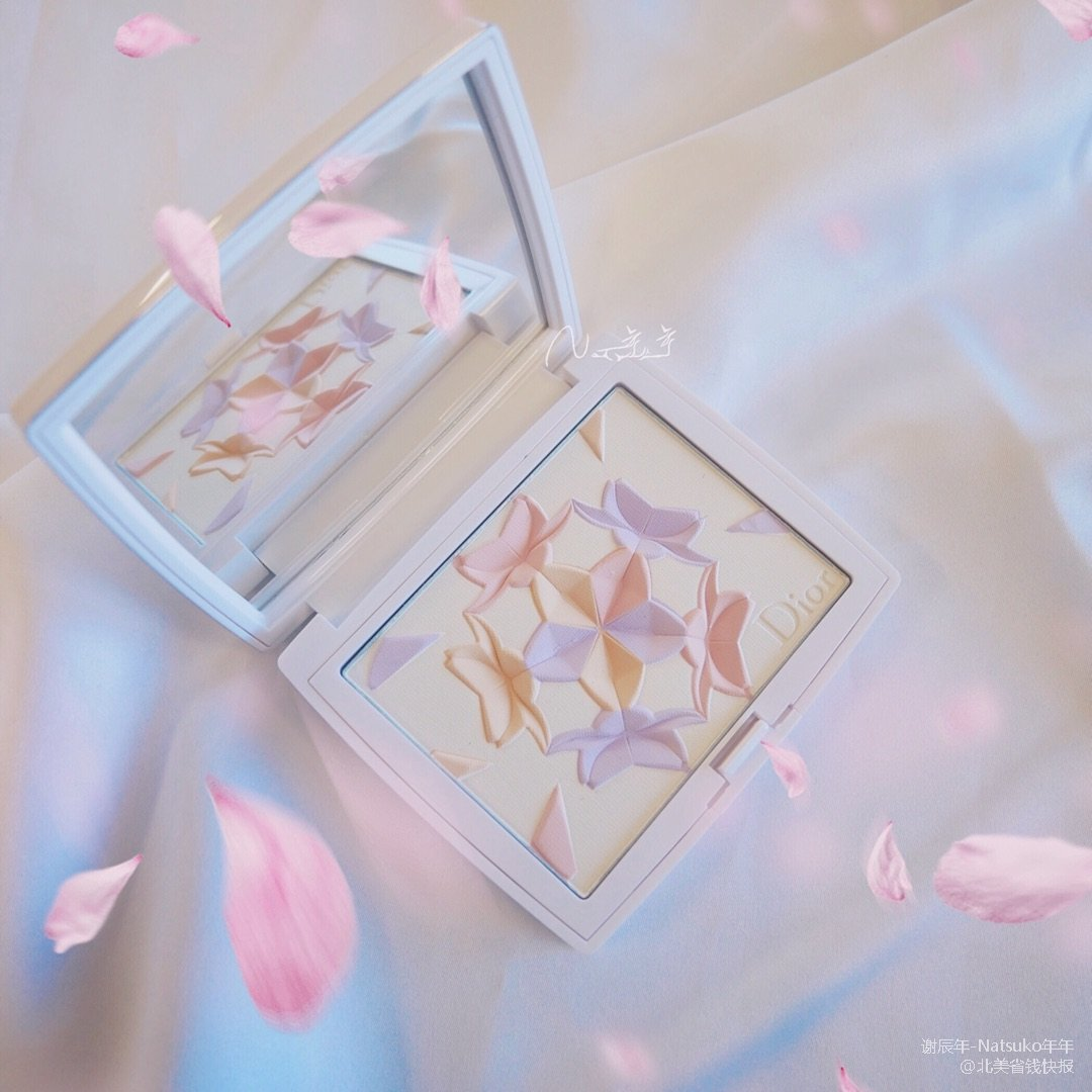 Dior 雪精灵2018限量樱花粉...