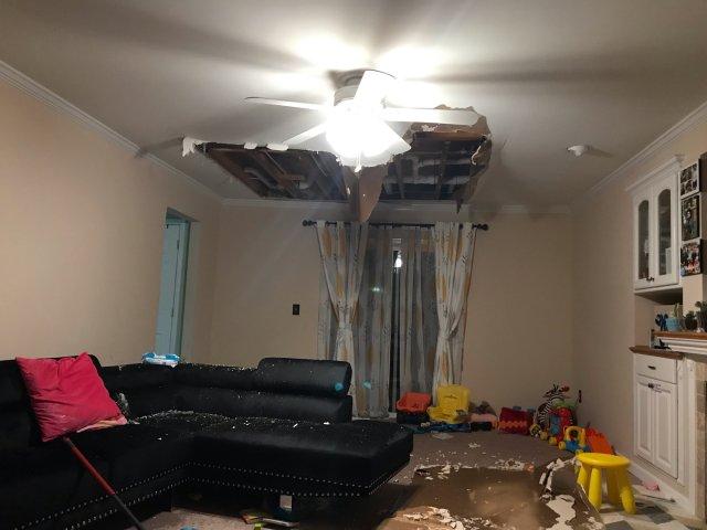 家里水灾了😭😭