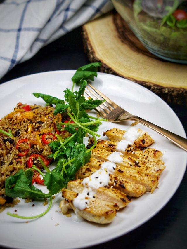 零失败健康食谱 | 喷香的鸡肉藜麦饭