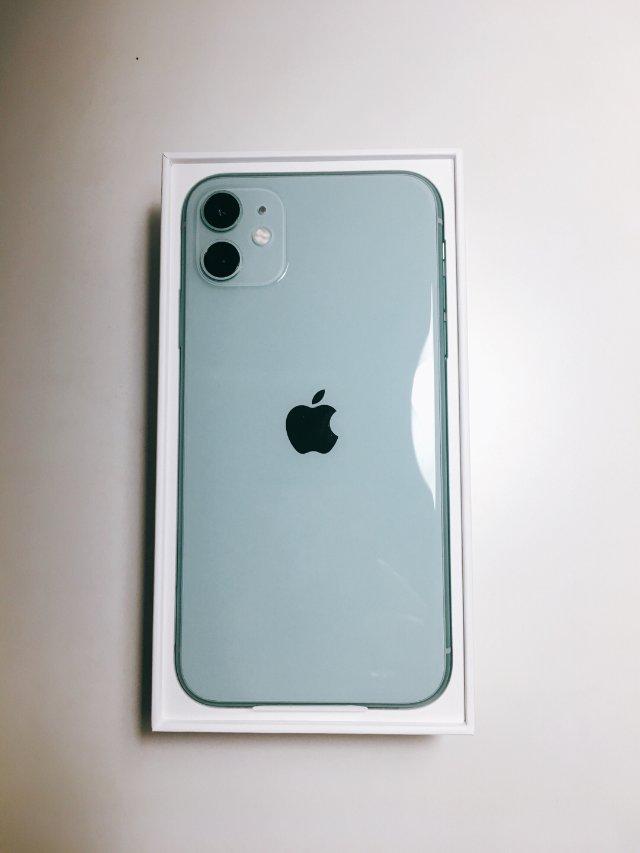换季进行式 | iPhone 11...