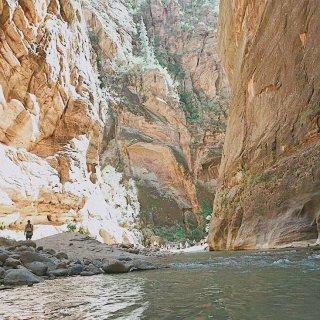 国家公园▪️爆灯推荐在水里走的trail...
