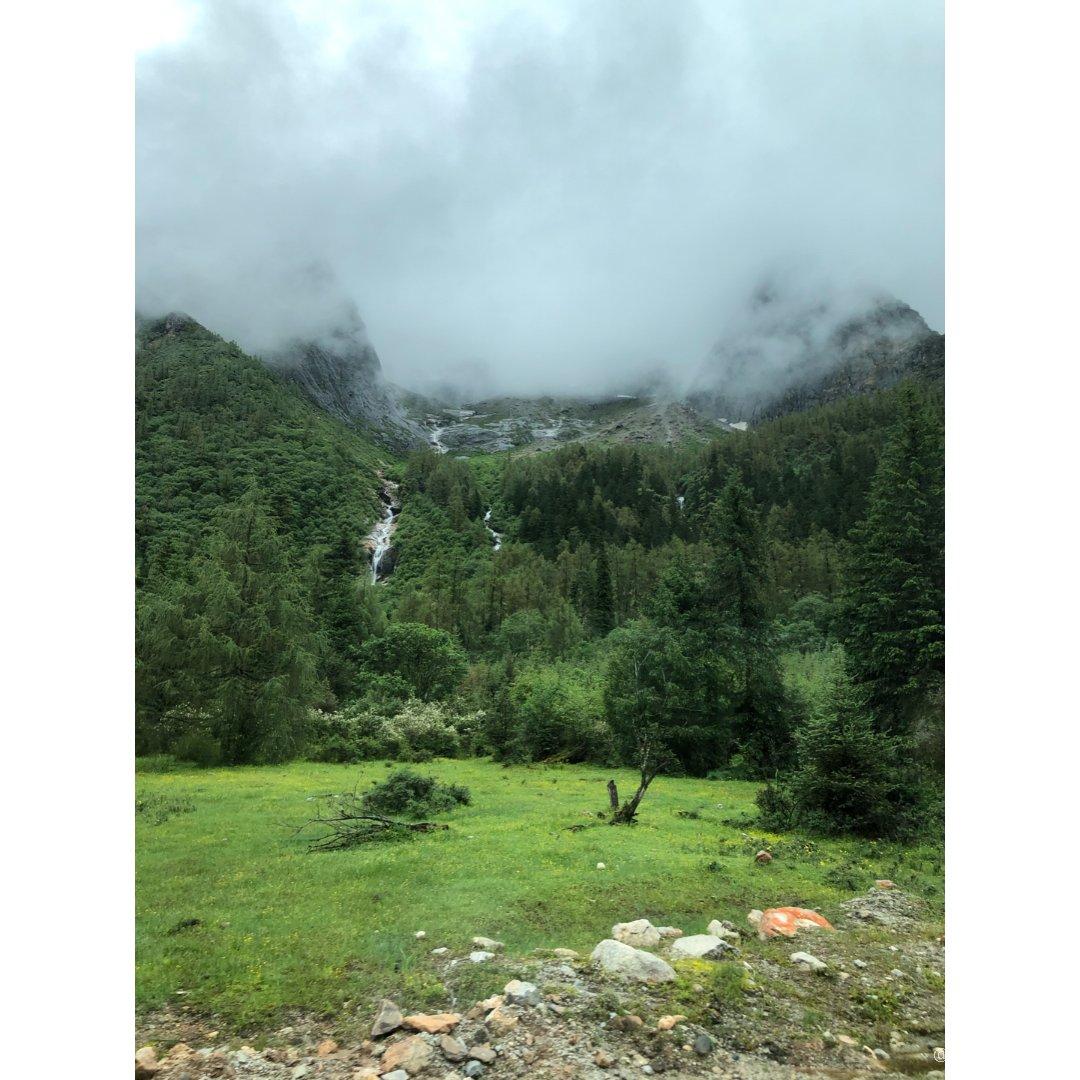 东方的阿尔卑斯山 - 四姑娘山