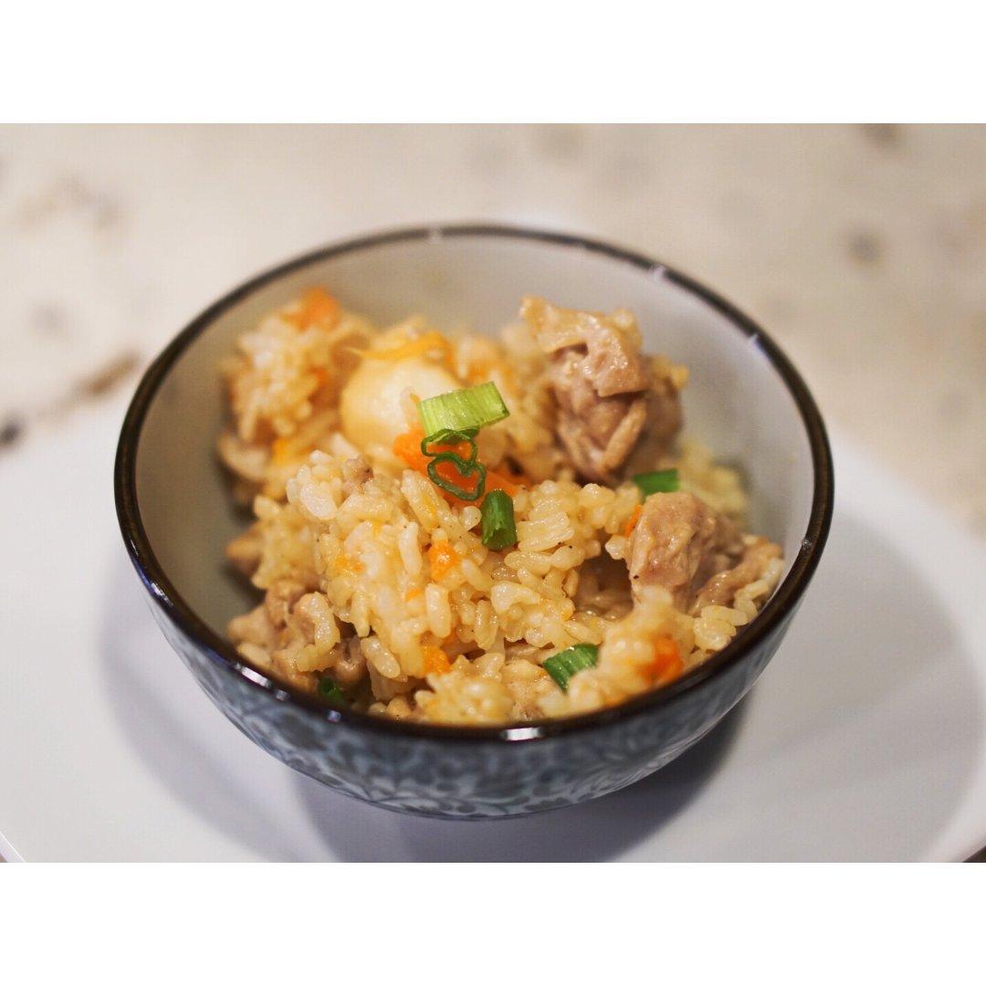 小帮手珐琅铸铁锅,芋香鸡肉炊饭...