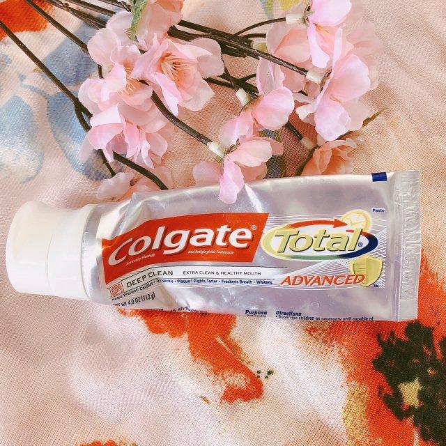 高露洁全效牙膏