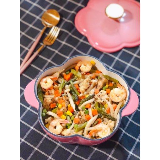 用美美的锅解决冰箱里的剩菜