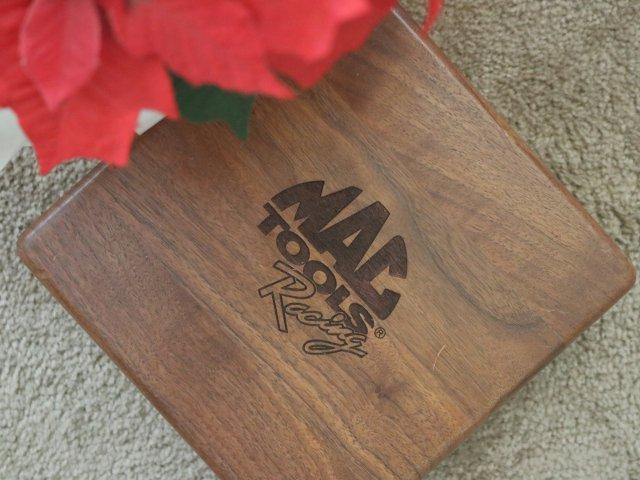 看中了这个木盒子呀...