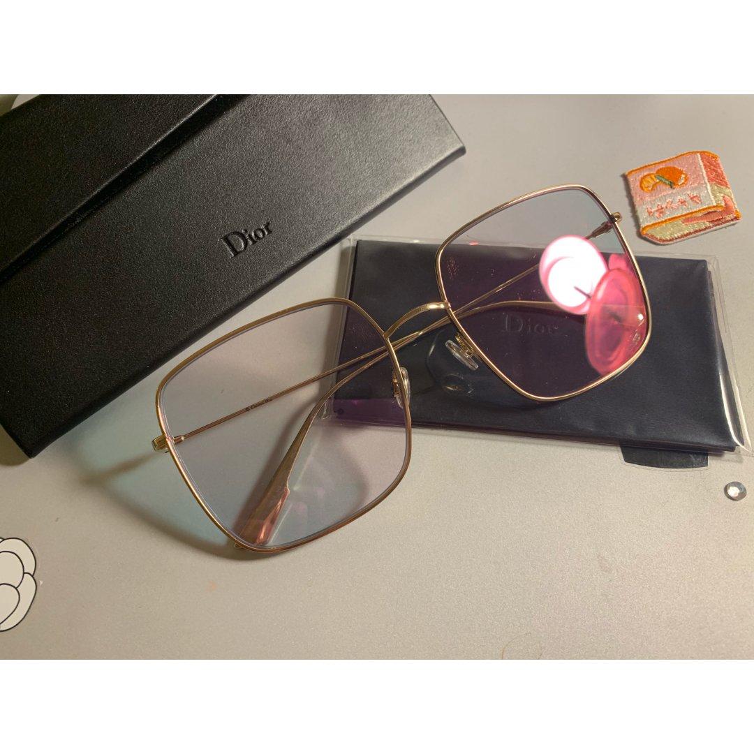 Dior粉色偏光素颜墨镜