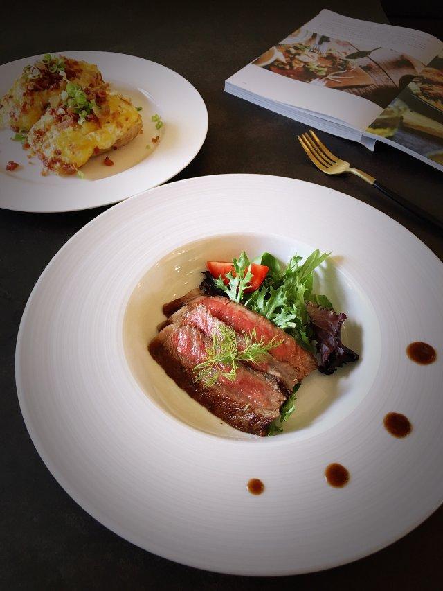 ✨今日份晚餐 | 香煎神户牛肉✨