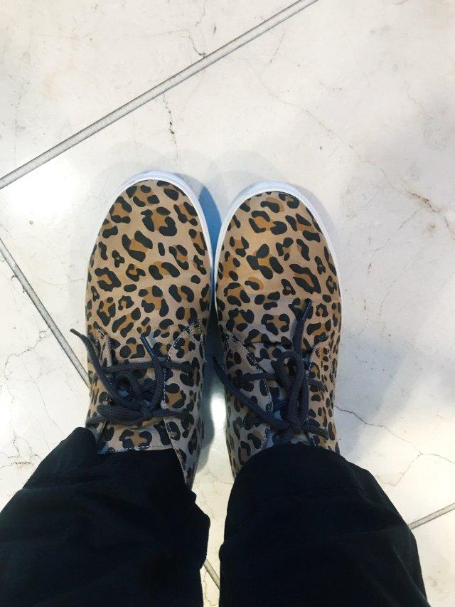 gap 豹纹休闲鞋