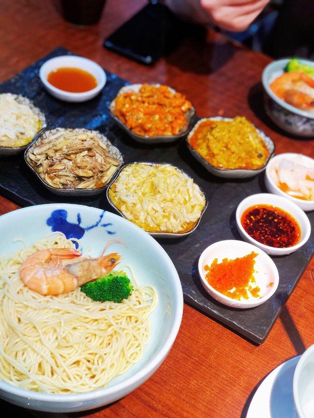 上海美食 | 不自己剥才是正确的吃蟹方式
