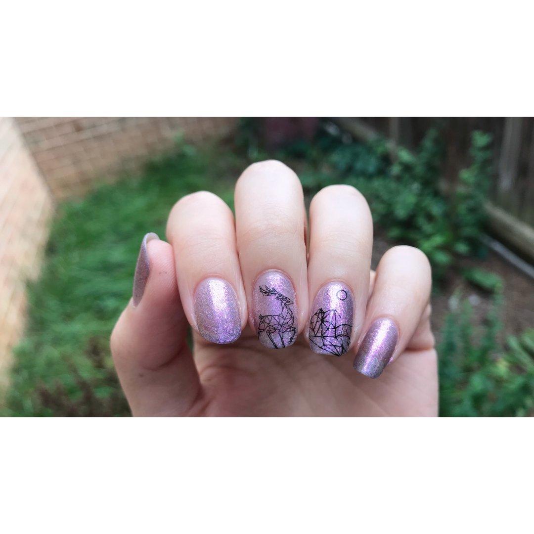 不知道为什么但就是觉得紫色很七夕
