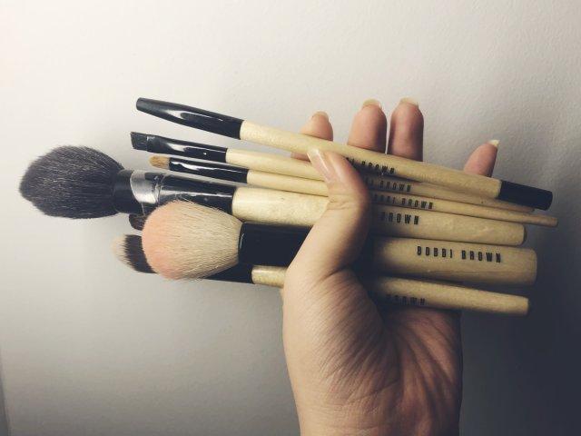 超好用的美妆工具——bobbi b...