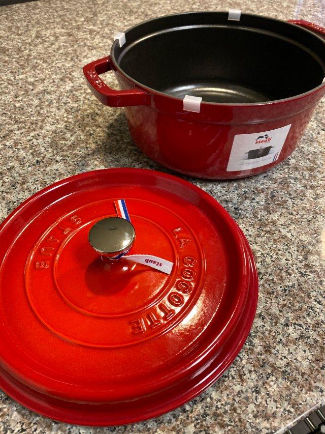 人手一个的Staub铸铁锅 开锅保养