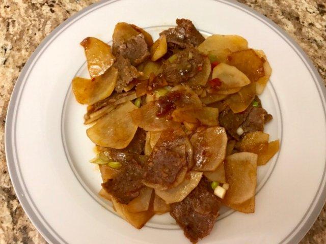 🌤三餐吃什么🌤土豆片炒肉