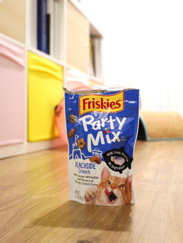 猫咪零食 Friskies Treats