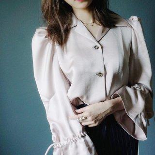 Quaint Official | 复古轻熟还是古怪少女