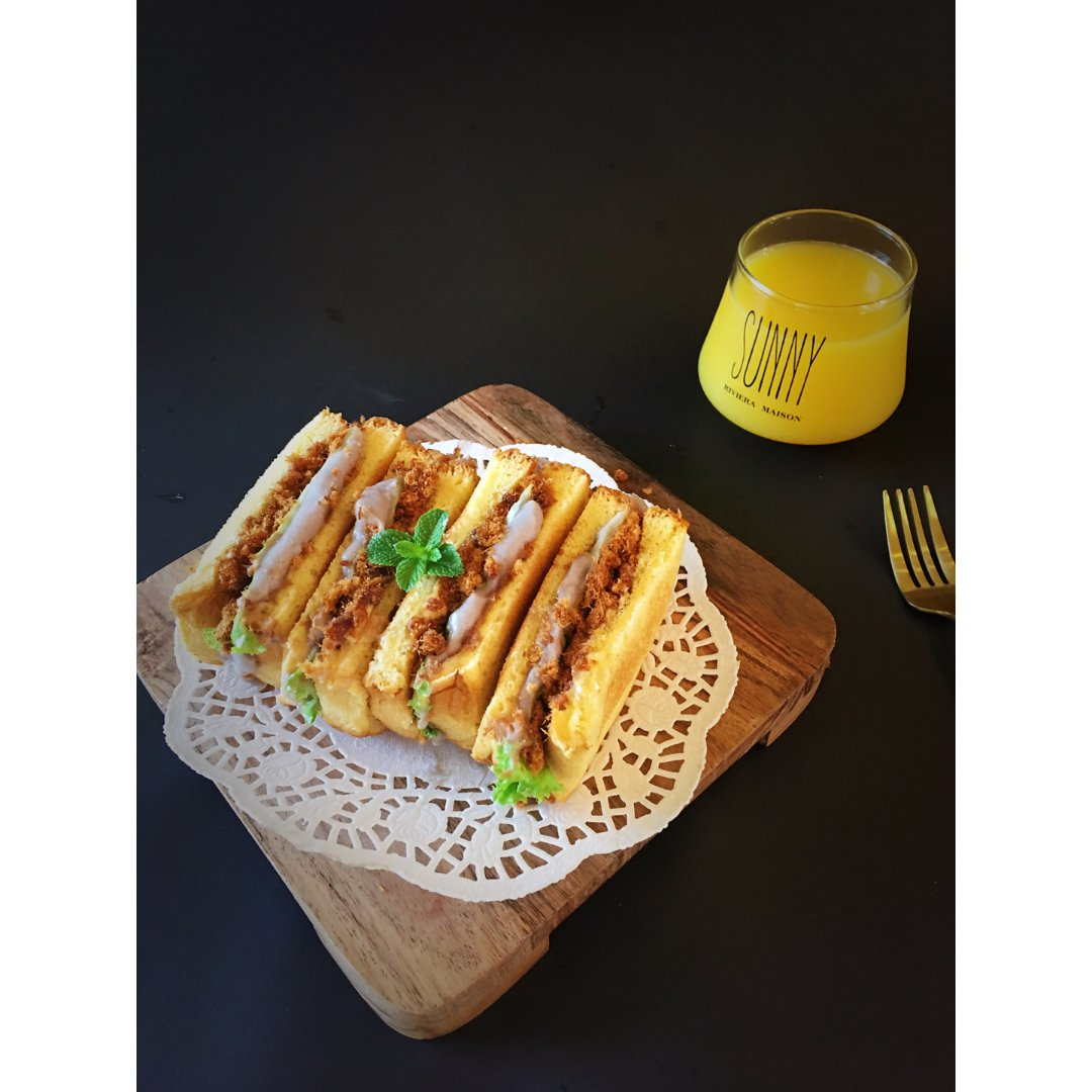 ✨早餐吃什么 | 芋泥肉酥三明治✨