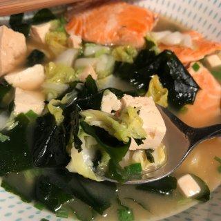 宅家做大厨,鲜蔬海藻豆腐味增汤