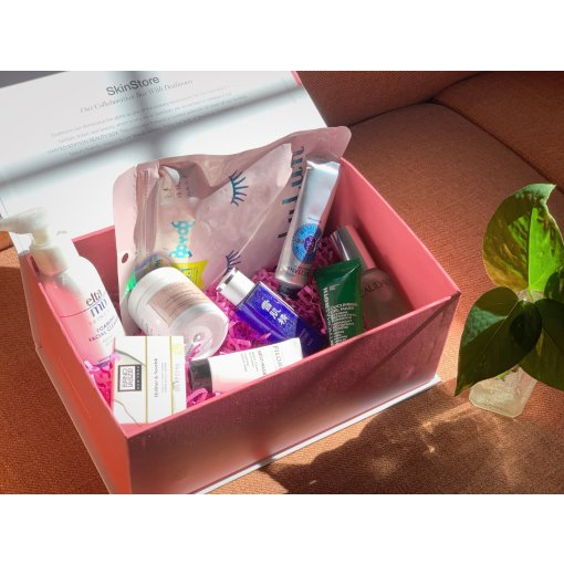 SkinStore x DealMoon 联名礼盒里都有啥