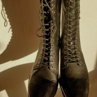 👢Lace Up  冬季最爱的短靴...