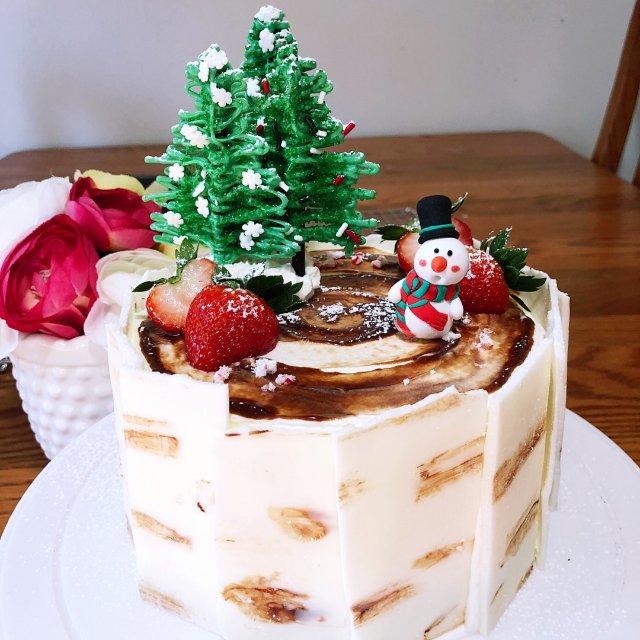 圣诞节蛋糕🎂提早做了一个,准备写文章