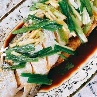 盛夏海鲜宴 清蒸鲈鱼...