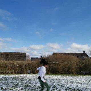 迟到的❄初雪,雪后的太阳最适合跑步...