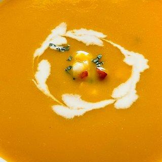 简单又美味的法式南瓜湯...