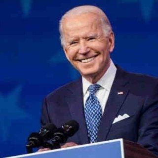美国国会确认选举人票,彭斯宣布拜登正式赢...