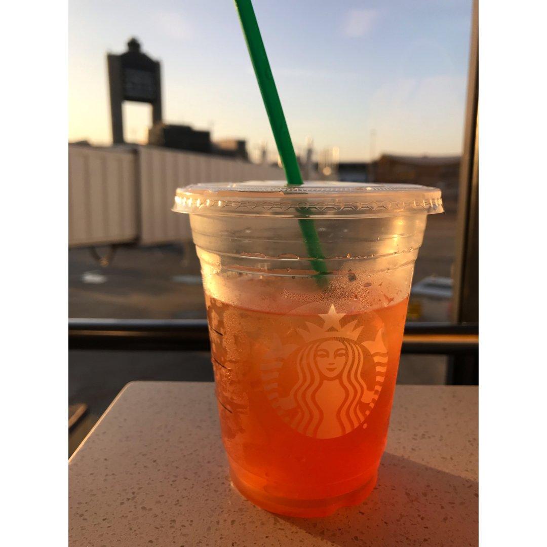 星巴克夏季饮品|冰番石榴白茶柠檬汁