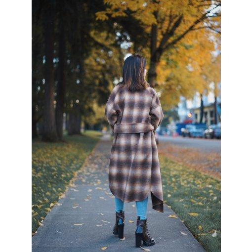 🍂 焦糖色大衣和秋景更配