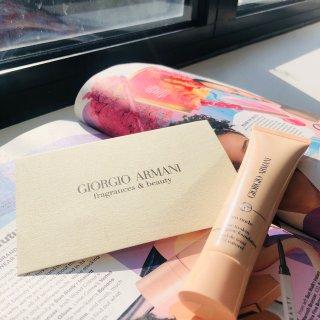 Giorgio Armani 乔治·阿玛尼,全新Neo裸妆粉底