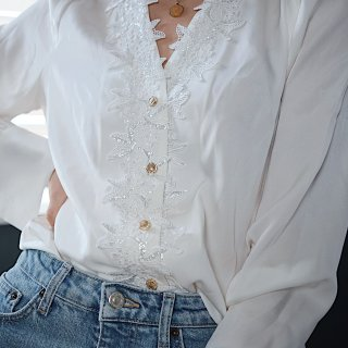 缎面丝绸衬衫|温柔女孩必备穿搭...