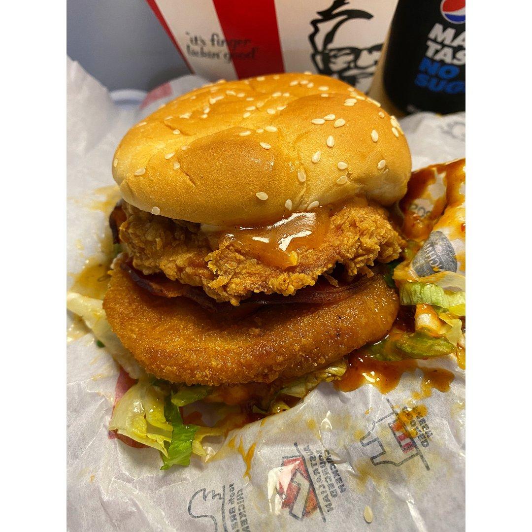 Zinger mozzarella burger box,patty 芭迪