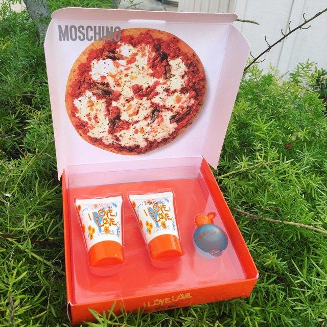 ?Pizza盒子造型的Moschi...