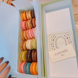 巴黎网红甜品马卡龙店Laduree在伦敦...