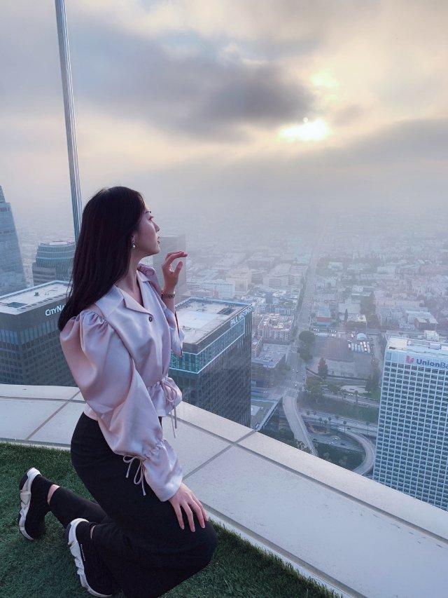 天使之城 💕   网红翅膀和玻璃滑梯