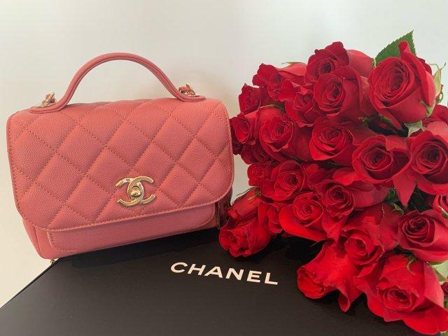 情人禮重情意濃|Chanel 藕粉...