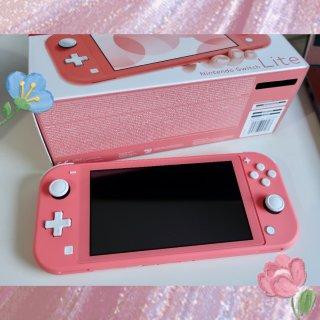 switch lite珊瑚粉色 猛男与少...