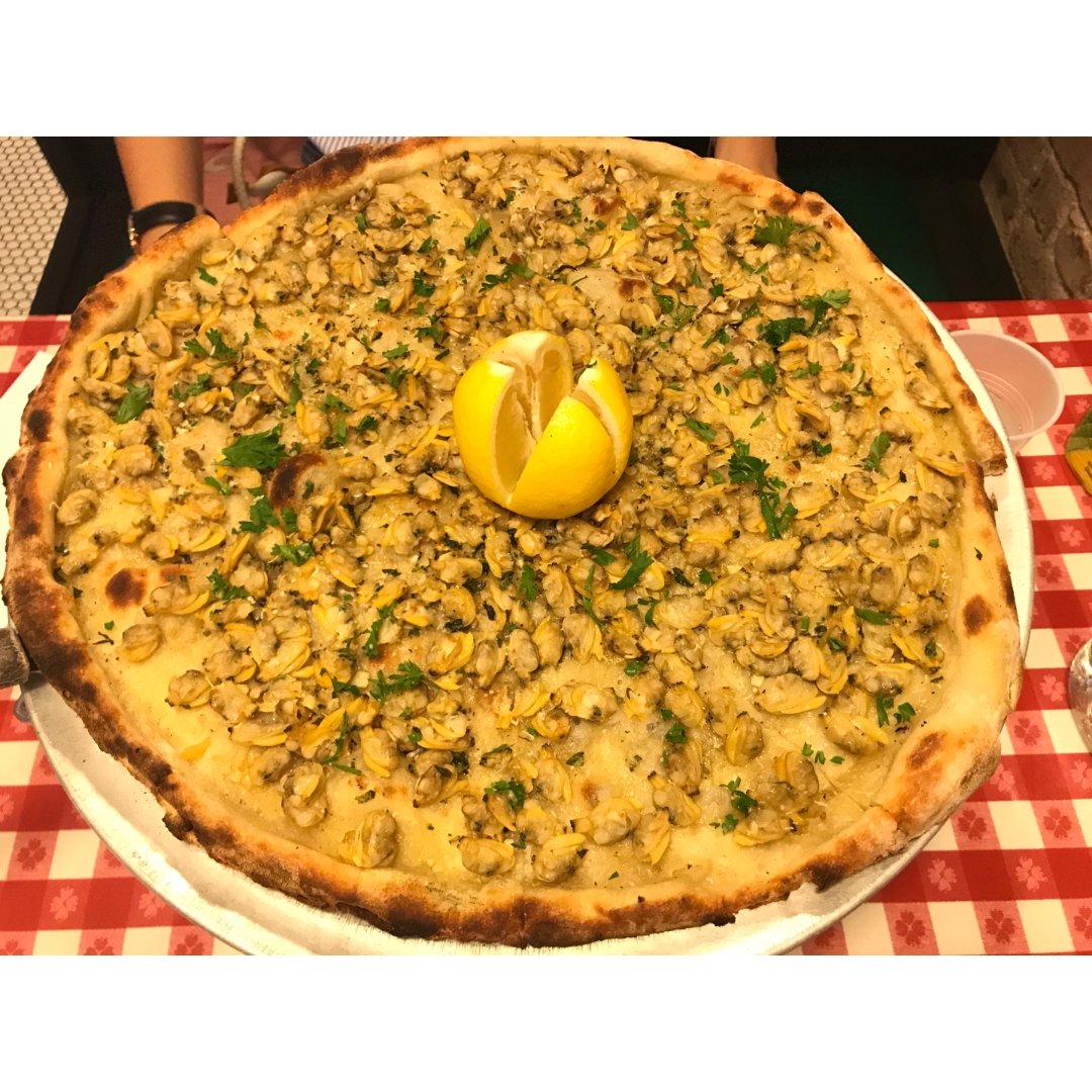 纽约唐人街旁的百年披萨老店,推荐