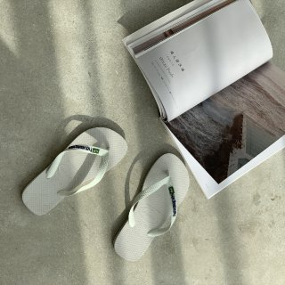 购物分享🌊夏天必备的时髦小拖鞋...