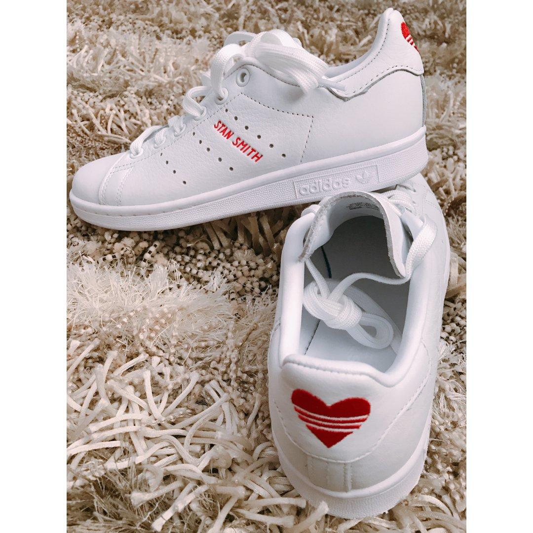 ❤️爱心小白鞋
