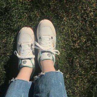 不撞款的小白鞋 这一次Bally我🔒了 ...