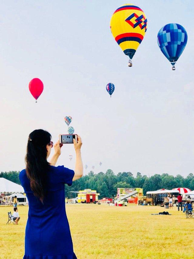 童话小镇の热气球比赛&嘉年华🎈