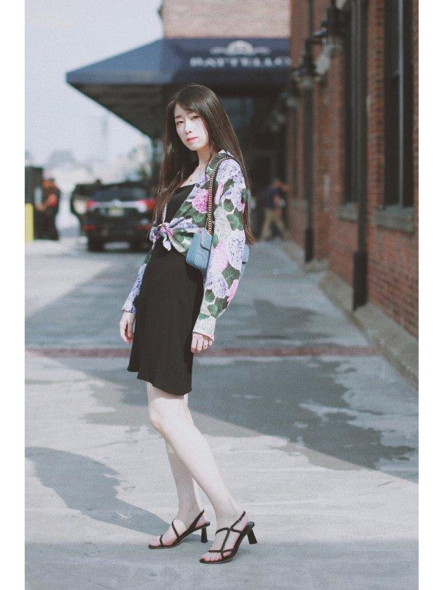 穿搭 | 一束绚丽热烈的紫色绣球花