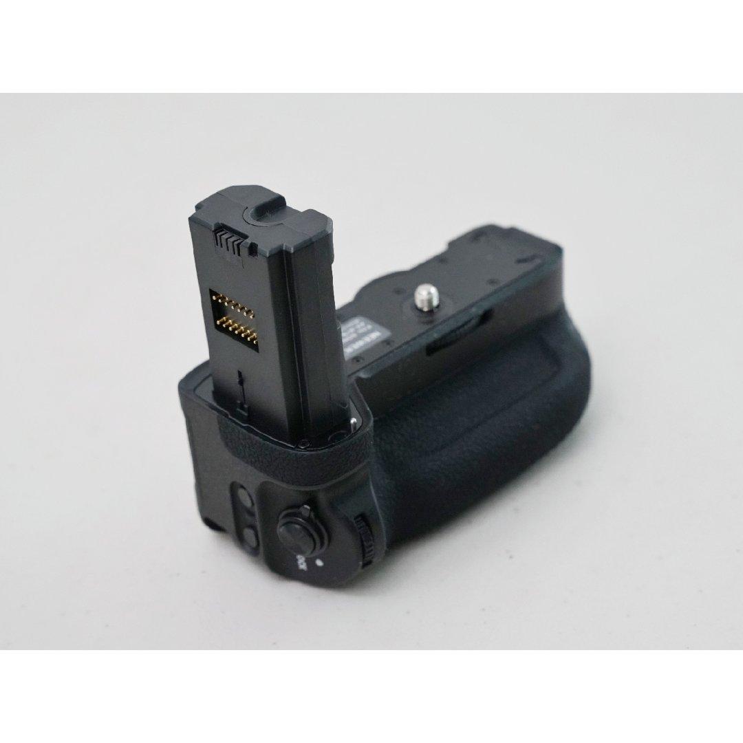 摄影必备 - Sony 额外电池扩展器