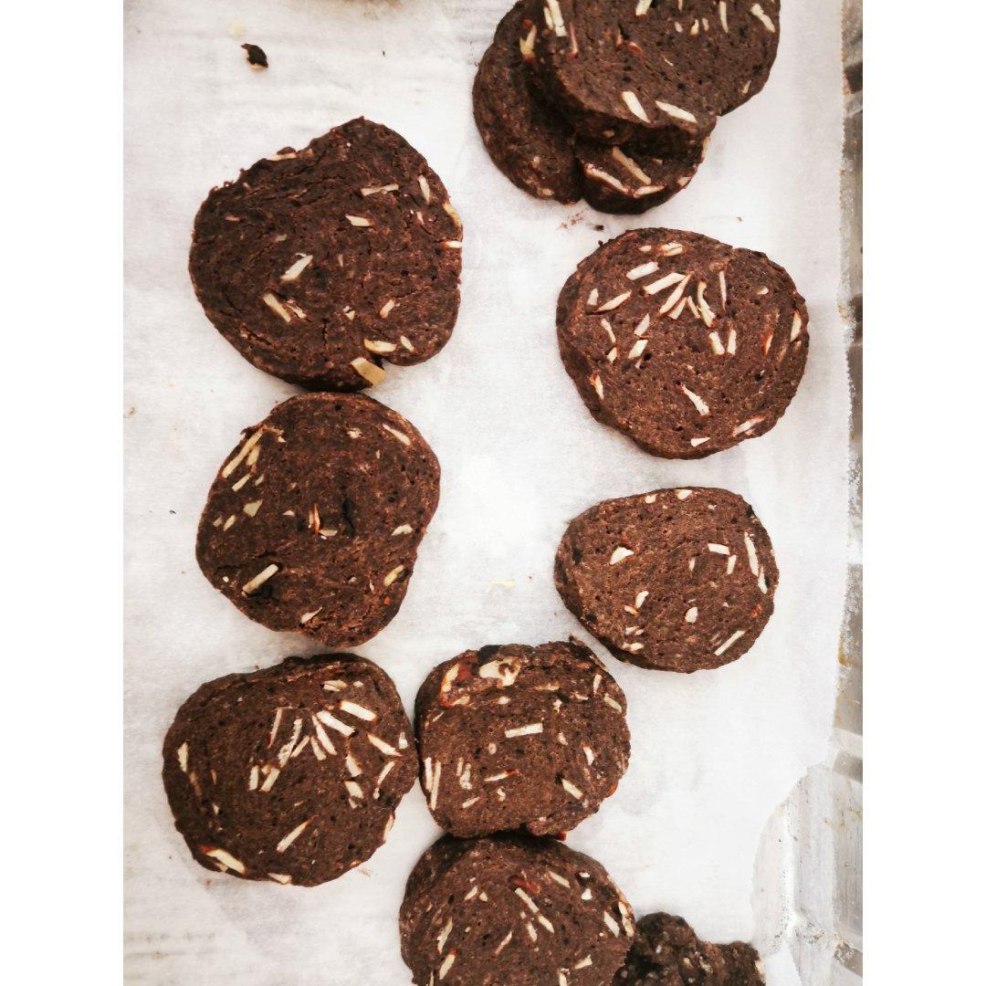 点心摊—巧克力杏仁饼干
