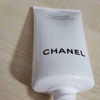 Chanel山茶花洗面奶...