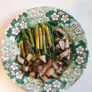 宅家打卡|在家做饭也要配好盘子...
